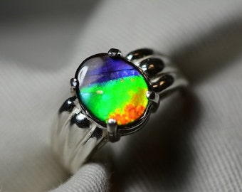 Fabulous Rainbow Patterned Ammolite Solitaire Ring Sterling Silver 11x9mm