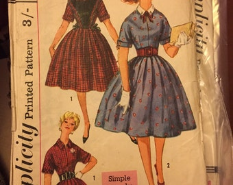Vintage 1950s full dress and tabard sewing pattern Simplicity VLV rockabilly S