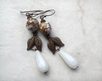 Teardrop Earrings, Copper Earrings, Leaf Earrings, White Brown Earrings, Beaded Dangles, Beadwork, Rustic