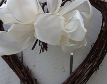 Wedding Wreath   Heart Wreath     Grapevine Heart Wreath  Anniversary Wreath  Wedding Decor    Heart Wreath