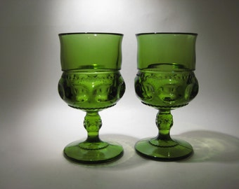 Pair of Green King's Crown Thumbprint Glasses