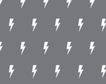 Fitted Crib Sheet- dark gray lightning bolts