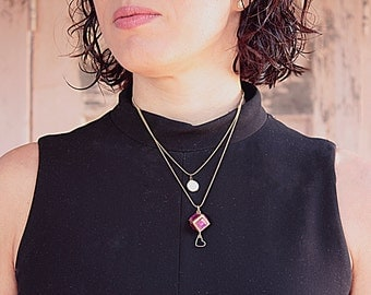 Necklace in gold and magenta Birthstone Necklace, Gold Birthstone Necklace, Necklace Romantic,