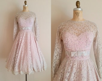 Vintage 1950s Lace Wedding Dress / Long Sleeves / Lace Cocktail Dress / Grey Lace