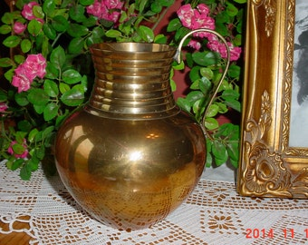 Vintage 1970s Brass Vase - Flower Vase