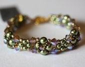 "Beadweaving Bracelet in ""Wedding"" pattern of Topaz 2x Swarovski Crystals, lt green Swarovski Pearls BF2251 Amy Johnson Designs"