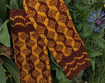 Finely Hand Knitted Estonian Mittens in Yellow and Brown - warm and windproof