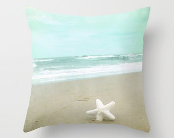 Pillow Cover, Starfish Pillow, Seashore Photography Pillow, Beach Starfish Decorative pillow, Blue Teal Pillow, Beach decor, Beach Bedding