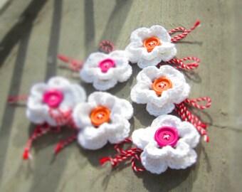 Martenitza Set of 6 Flower Brooch. Crochet Baba Marta Blossoms. Bulgarian Martenitsa Red White. Pink Orange Colored Wood Buttons by dodofit
