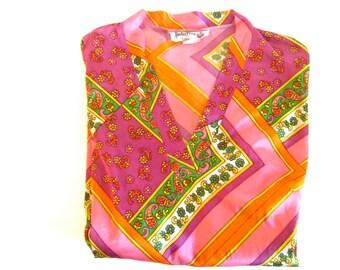 Vintage v neck pullover shirt, Porta Chica of Miami, 70's mod paisley print blouse