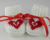 Hand Knit Heart Newborn Baby Booties Newborn Baby Shower Gift Knit Baby Shoes Baby Girl Clothes