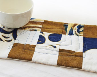 A Hawaiian Blue Masterpiece Quilts Mug Rug I