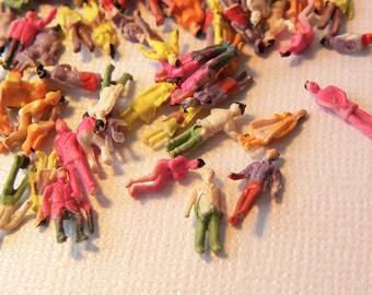 "Painted miniature people models 1/2"""