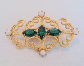 Vintage Green Rhinestone and Faux Pearl Bar Pin