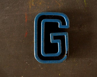 "Vintage Industrial Letter ""G"" Black with Blue and Orange Paint, 2"" tall (c.1940s) - Monogram Display, Shadow Box Letter, Art Supply"