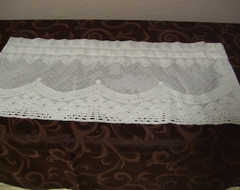Lovely Delicate Lace Valance-13x58 inches
