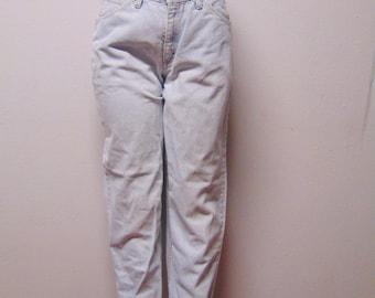 "Lee's  High Waisted  light wash Vtg 80's Denim Jeans Waist 30"""