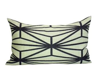 Katana lumbar pillow cover in Ivory/Ebony