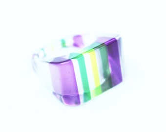 Vintage Lucite Ring from the 60's