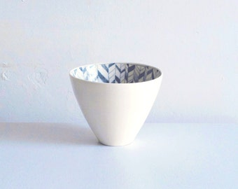 Medium porcelain bowl with hand painted knit pattern