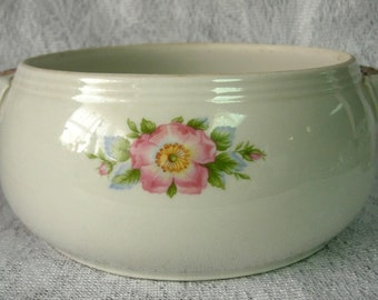 Hall's Superior Quality Kitchenware Rose White 658 Casserole Dish with Handles circa 1940's