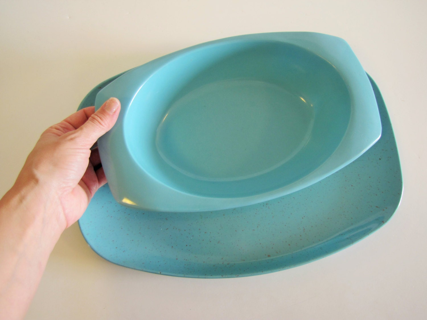 Vintage turquoise melmac dishes platter and serving bowl for Cuisine turquoise