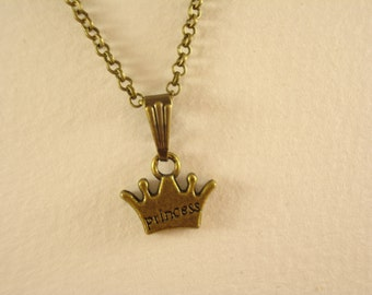 Cute Prince Crown Necklace NC468
