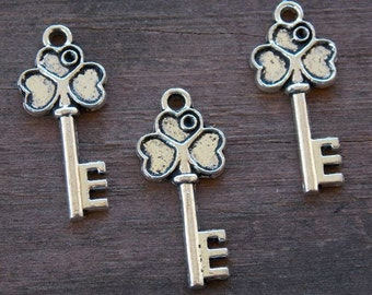 8 Silver Skeleton Key Charms with Clover Leaf 29mm Antiqued Silver