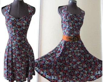Vintage 80s 90s Boho Grunge Revival Ditsy Floral Sweetheart Halter Plunging Open back Dolly Swing Mini Dress S
