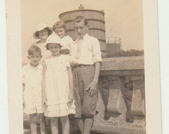 Vintage/Antique beautiful photo of a mother and her four children