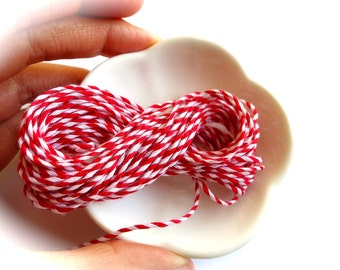Red & White Striped Baker's Twine-5 Yard Lot-Pastry, Cookie Packaging-Retro Goodie Bag Gift Wrap-Bake-Party Banner-Party Twine-Petite Banner