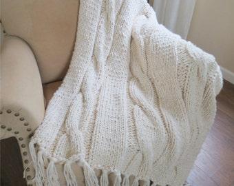 Knit Blanket Pattern, Chunky Blanket Pattern, Chunky Knit Blanket Pattern - The Georgia Throw - Knitting Patterns by Deborah O'Leary