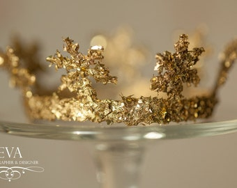 Gold crown for newborn photography