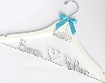 Wedding Dress Hanger with Wedding date Charm, Bridal Party Gift, Shower Gift, Bride, Personalized Hanger