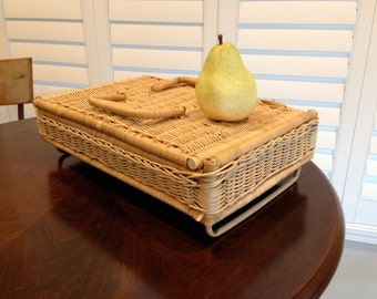 Wicker basket  TRAY serving retro cottage style