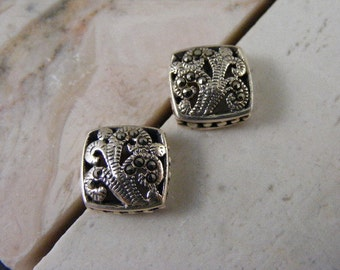 Vintage Square Marcasite Pierced Earrings in Sterling Silver....  Lot 3684