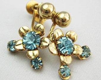 Rhinestone Earrings - Dainty Daisies - Vintage Earrings - Turquoise Rhinestones - Screw backs.-  Dangles -  Drops