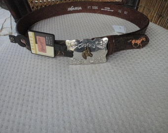 Wrangler belt and buckle NOS size 28 leather belt