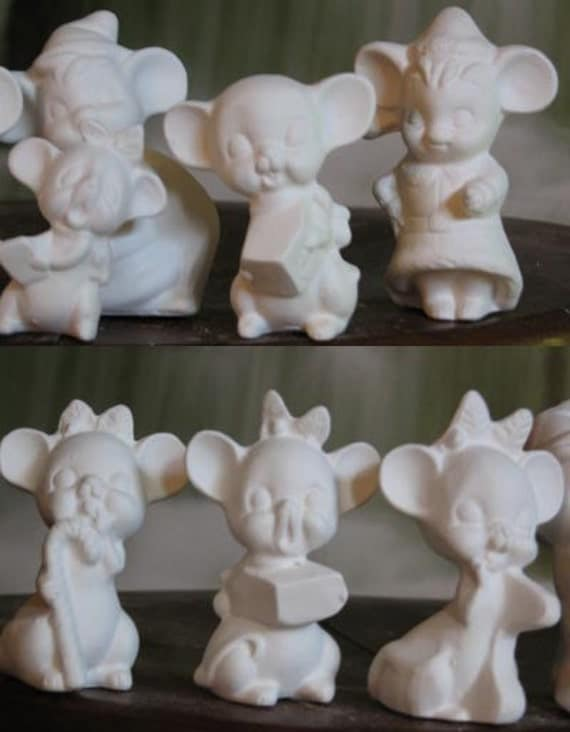 """Set of 7 Adorable, Mouse Carolers, 2"""", Singing Mice, Christmas Mice, Christmas Decoration, Ornament, Ready to paint,  u-paint,Ceramic bisque"""