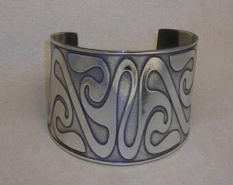 "Celtic Jewelry - Handmade Celtic La Tene Cuff Bracelet Etched in Nickel - fits 6 1/2"" wrist - Ready to Ship"
