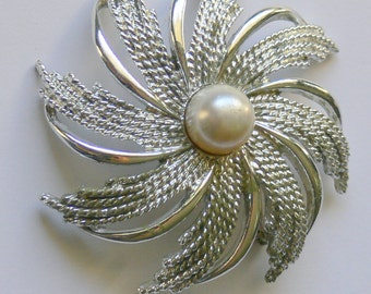 sar cov silvertone   brooch