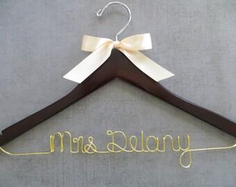 Wedding Dress Hanger with Bow, Gold Wire Bridal Hanger, Personalized Hanger, Bride Hanger, Gold and Blush Pink Wedding, Wedding Shower Gift