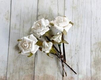 Creamy White Flowers Hair Pins. Spring, Summer, Bridesmaids, Bridal Hair Clips. woodland. bridal hair accessories, bridal, weddings