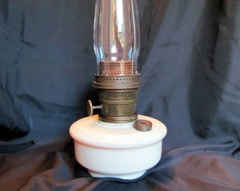 Aladdin Alacite Wall Bracket Lamp made in 1938 - 1942