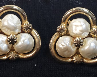 Vintage Coro Baroque Style Faux Pearl clip Earrings
