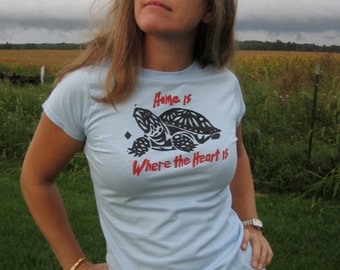 ladies hand printed cotton t-shirt with box turtle