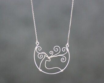 Sterling silver wiring Christmas deer pendant necklace Free US Shipping handmade Anni Designs