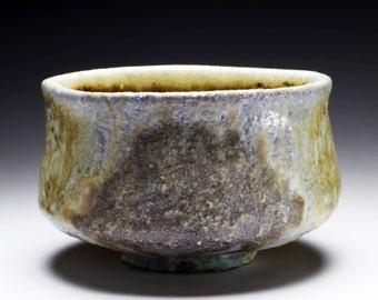 Shigaraki, anagama, ten-day anagama wood firing, with natural ash deposits Iga tea bowl. chawan-72