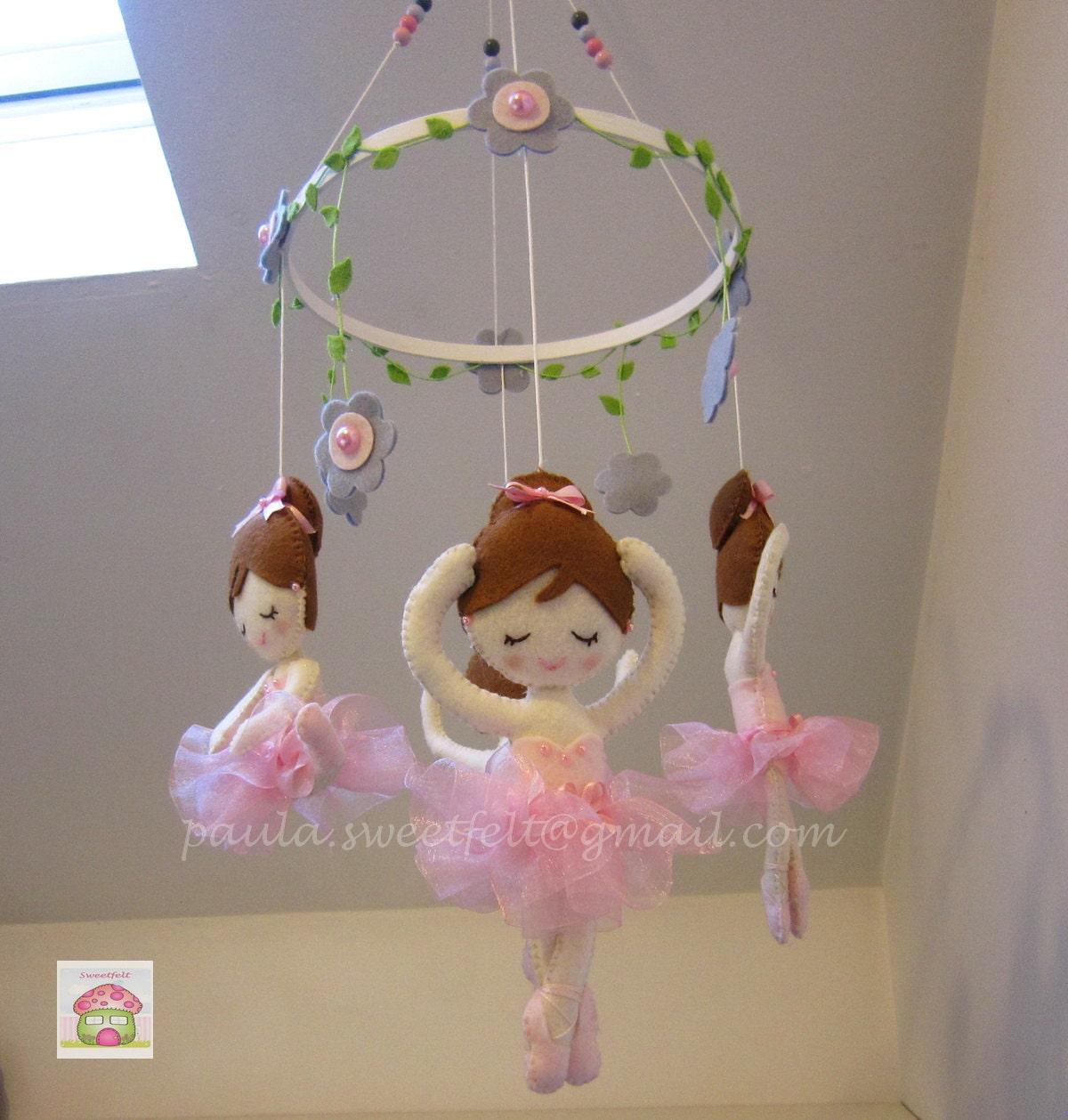baby crib felt mobile ballerina. Black Bedroom Furniture Sets. Home Design Ideas
