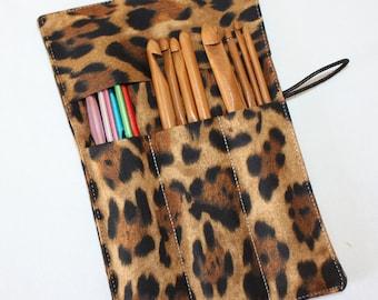 Set of 12 Crochet Hooks and Fabric Organizer, Leopard Print, Crochet Hook Organizer, Crochet Hook Holder